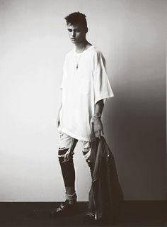 © by USED / Photography Alex Sainsbury / Styling Richard Sloan / Model Claude Simonon / Via Steelmachines New Fashion Trends, Mens Fashion, Editorial, Oversized Shirt, White Tees, Fashion Forward, Style Me, Fashion Photography, Normcore