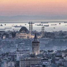 Istanbul                                                                                                                                                                                 Mais