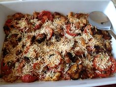 Yummy Scalloped Tomatoes via Teresa at http://cantstayoutofthekitchen.com/