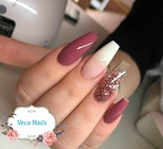 Gradient Nails Art Tutorial: How to Do Gradient Glitter Nails Gorgeous Nails, Love Nails, Pretty Nails, Pink Nails, Magenta Nails, Perfect Nails, Beautiful Gorgeous, Acrylic Nail Designs, Nail Art Designs