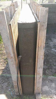 Rammed Earth Saskatchewan Canada: Rammed Earth Shed 2014 Concrete Formwork, Concrete Retaining Walls, Concrete Forms, Concrete Wall, Natural Building, Green Building, Building A House, Rammed Earth Homes, Rammed Earth Wall