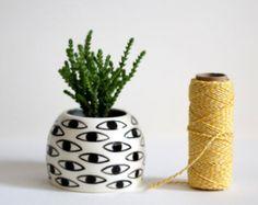Eye Pot - Ceramic Vase - Cache Pot