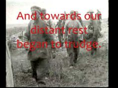 Wilfred Owen's poem - Dulce et Decorum Est - with notes - the Gas poem - about a gas attack in the First World War History Education, Us History, World War One, First World, Right To Die, Wilfred Owen, Primary And Secondary Sources, Battle Of The Somme, Latin Quotes