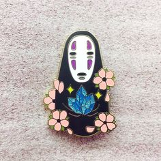 Kaonashi Crystal - Pins sold by NEKO MARION. Shop more products from NEKO MARION on Storenvy, the home of independent small businesses all over the world. Hayao Miyazaki, Personajes Studio Ghibli, Chihiro Y Haku, Bag Pins, Jacket Pins, Cool Pins, Pin And Patches, Kawaii, Pin Badges