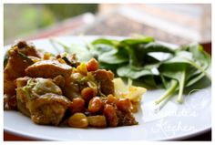 chicken with nuts http://danadiskitchen.blogspot.hu/2014/01/bubos-libacomb.html