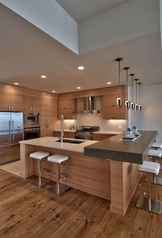 Best kitchen designs ever reasons to choose luxurious contemporary kitchen design small kitchen design with black Home Decor Kitchen, Interior Design Kitchen, Modern Interior Design, New Kitchen, Kitchen Ideas, Kitchen Modern, Kitchen Designs, Kitchen Wood, Kitchen Recipes