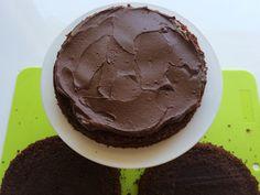 Maailman paras ja helpoin suklaakakku (6) Pudding, Cookies, Cake, Desserts, Food, Pie Cake, Tailgate Desserts, Biscuits, Pie