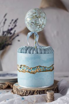 15 Fault Line Cakes that WOW! Click over to Rose Bakes to see several designs of the trendy Fault Line Cakes that are so popular right now! Pretty Cakes, Beautiful Cakes, Amazing Cakes, Honeycomb Cake, Luxury Cake, Bolo Cake, Balloon Cake, Blue Cakes, Drip Cakes