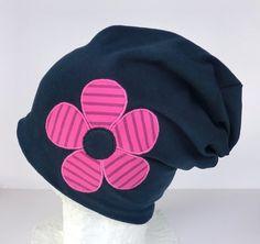 Beanie,dunkelblau,applizierte Blume ,Wunschgröße von Martina Bormann  auf DaWanda.com