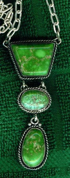 green.quenalbertini: Necklace