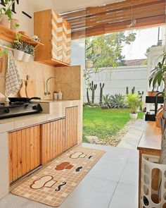 💡 95 incredible outdoor kitchen designs the dynamics of bringing your cuisine outside! Dirty Kitchen Design, Kitchen Room Design, Outdoor Kitchen Design, Home Room Design, Home Decor Kitchen, Interior Design Kitchen, Dirty Kitchen Ideas, Open Kitchen, Kitchen Designs