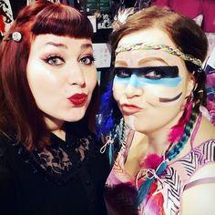 Jenni ja Pinja täällä tänään! Eikun ostoksille! #cybershopmatkus #cybershopkuopio #cybershop #stuff #halloweenmask #halloween #hallowrenmakeup #makeup #muotd #masquerade