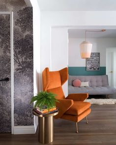 The price was right, the layout was wrong. How often is this the case when apartment hunting? Homepolish's Tali Roth renovated to the rescue.