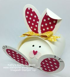 Sweet little Easter Bunny Curvy Keepsake Treat Box. Made with Recollections white card stock and Stampin' Up punches. Easter Projects, Easter Crafts, Cute Box, Stamping Up, Spring Crafts, Keepsake Boxes, Craft Fairs, Diy And Crafts, Creations