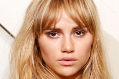 How to Get Burberry's Sultry Mauve Bedroom Eyes - Makeup Tutorial - Elle