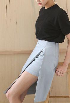 peekaboo skirt #cleanlaundry