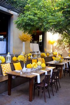 Perfect outdoor entertaining decor