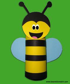 ape-lavoretti con rotoli carta igenica
