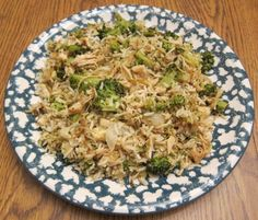 Chicken Broccoli Fried Rice Recipe- so  easy,  easy to  make in individual portions so you know how much carbs/ protein/veggies  are in each serving