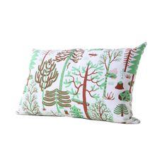 Kauniste Metsa rectangular cushion cover in green