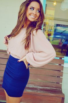 Blue Skirt And Broad Shirt Decent Fashion Trend Looks Street Style, Looks Style, My Style, Look Fashion, Fashion Beauty, Womens Fashion, Fashion Trends, Fashion Ideas, Estilo Glamour