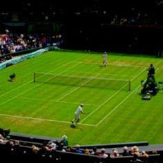 Centre Court - Wimbledon, my favorite tennis venue. Nadal Tennis, Wimbledon Tennis, Tennis Championships, Britain, London, Sports, Places, Grass, Centre