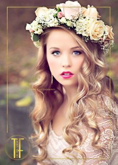 A vintage styled session with a fresh-floral wreath and BOLD lips. (Those bold lips in a flattering color for her skin-tone is what makes this image!)