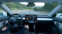 The Tesla autopilot feature is a game changer. Watch this amazing first-person view of the Tesla autopilot feature in action. Elon Musk, Tesla Video, Tesla Model S, Borne De Recharge, Tesla Patents, Xbox Game, Mercedes Benz Autos, New Tesla, Automatic Cars