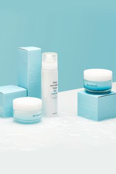 All blue and white Cosmetic Packaging, Beauty Packaging, Packaging Design, Good Beauty Routine, Presentation Board Design, Cosmetic Design, Beauty Cream, Moroccan Oil, In Cosmetics