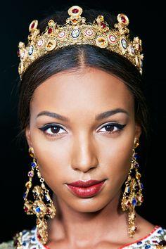 Макияж на показе Dolce & Gabbana осень/зима 2013-14 - Beauty Guide - Красота - Журнал VOGUE