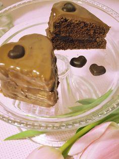 Chocolate Love with Brownie Hearts - Perfect for Valentine's day <3 http://www.belle-melange.com/gefuellte-brownieherzen/