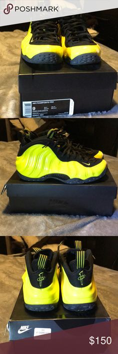 newest b670d ce4dc Shop Men s Nike Yellow Black size 9 Athletic Shoes at a discounted price at  Poshmark. Description  Great condition NO TRADES SIZE Sold by shumpmisfit.