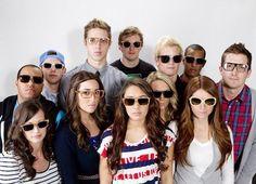 2c33776607be1 Sustainable wooden sunglasses suppo Óculos De Sol De Madeira, Joias  Exclusivas, Haiti, Sustentabilidade