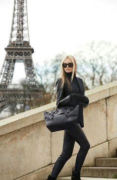 ベストセラー「フランス人は10着しか服を持たない」が提唱するミニマルライフが素敵♥ | by.S