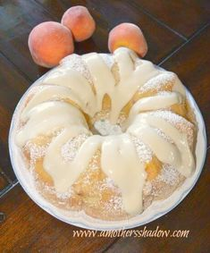 25 Easy Recipes Using Fresh Peaches - WHOA! is Perfect for a Party!Living Rich With Coupons® Peach Pound Cakes, Peach Cake, Fresh Peach Pound Cake Recipe, Just Desserts, Delicious Desserts, Dessert Recipes, Yummy Food, Cupcakes, Cupcake Cakes