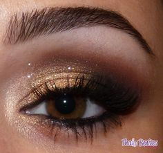 gold, metallic smokey eye