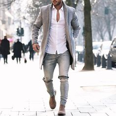 Tag someone you think would look good in this outfit  #menwithstreetstyle -  @magic_fox
