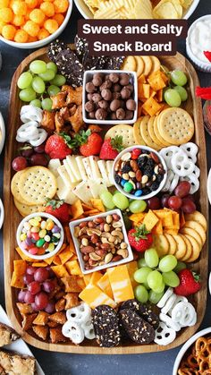 to Make a Sweet and Salty Snack Board Sweet and Salty Snack Board-the perfect party food for easy entertaining.Sweet and Salty Snack Board-the perfect party food for easy entertaining. Snacks Für Party, Appetizers For Party, Appetizer Recipes, Party Food Ideas, Food For Parties, Game Day Snacks, Kids Birthday Snacks, Hostess Snacks, Kid Friendly Appetizers