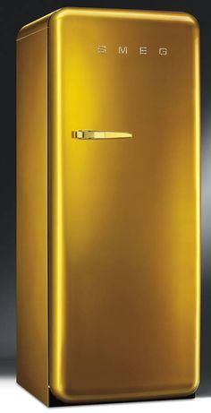 Smeg retro fridge in gold with Swarovski crystals Retro Refrigerator, Smeg Fridge, Retro Fridge, Modern Refrigerators, Lighting Concepts, Color Dorado, Luxury Candles, Safety Glass, Küchen Design