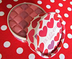 Marks & Spencer blusher in 'Pink Mix' http://www.dollydowsie.com/2013/08/marks-spencer-pink-mix-limited.html