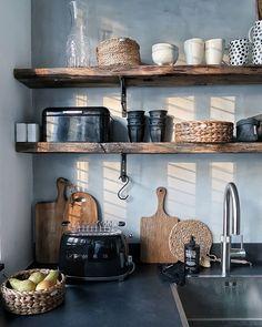 De make-over van onze hal en toilet met verf van Farrow & Ball - Kitchen - Kitchen Inspirations, Kitchen Design Small, Interior, Kitchen Remodel, Kitchen Decor, Home Decor, Gothic Home Decor, House Interior, Home Kitchens