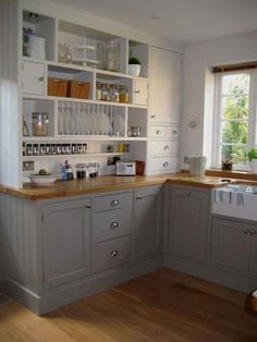 Choices In White Kitchen Cabinets - CHECK THE PICTURE for Lots of Kitchen Ideas. 98596432 #cabinets #kitchenorganization
