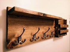 Woodworking plans How to Build a DIY Entry Way Coat Rack Tough Boat Ladders Made of Stainless Steel Diy Shoe Rack, Wooden Diy, Entryway Shelves Diy, Coat Rack Wall, Entryway Coat Rack, Coat Rack Shelf, Wood Coat Hanger, Pallet Coat Racks, Diy Entryway