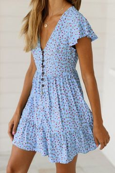 Simple Dresses for teens Elegant Dresses, Pretty Dresses, Sexy Dresses, Dress Outfits, Fashion Outfits, Formal Dresses, Wedding Dresses, Mini Dresses, Prom Dresses