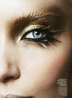 Beautiful golden glitter eye shadow