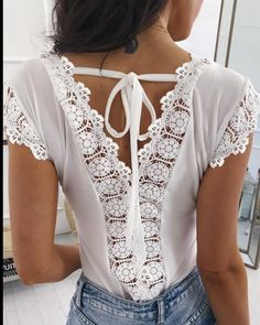 FairySeason / Solid Lace Splicing Blouse without Necklace - White Trend Fashion, Fashion Details, Womens Fashion, New Outfits, Casual Outfits, Diy Clothes, Clothes For Women, Sewing Blouses, Lace Insert
