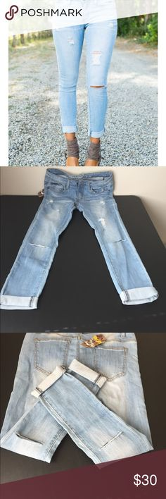 """Distressed light denim jeans Absolutely comfy jeans. These are really cute, but my knees don't hit the cuts since I'm 5'2"""". These would look better on some one at least 5'5"""". Size 9/30 waist - inseam 26"""" Jeans Ankle & Cropped"""