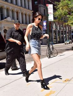 Pin for Later: Kendall Jenner Just Hopped on the '90s Train With This 1 Skirt