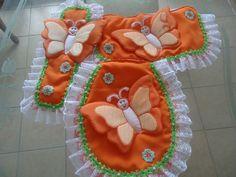 N Bathroom Crafts, Bathroom Sets, Sewing Projects, Projects To Try, Sewing Crafts, Felt Patterns, Sewing Patterns, Towel Crafts, Soft Furnishings