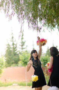 Montando la boda limonera. Más sobre esta boda en: http://la-tarara.com